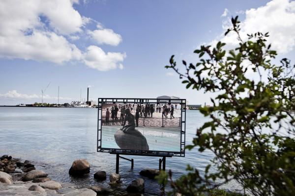 ai-weiwei_mermaid-exchange-2010-led-screen-surveilance-eqipment-photograph-by-hanne-hvattum