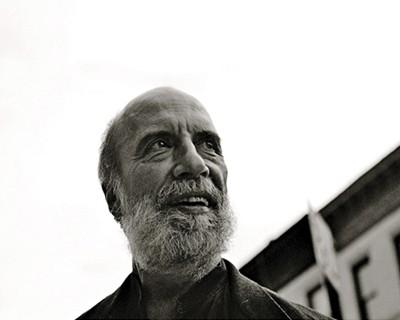 """Raúl Zurita: """"La poesía y el arte son tan sólo una de las manifestaciones de la poética"""""""