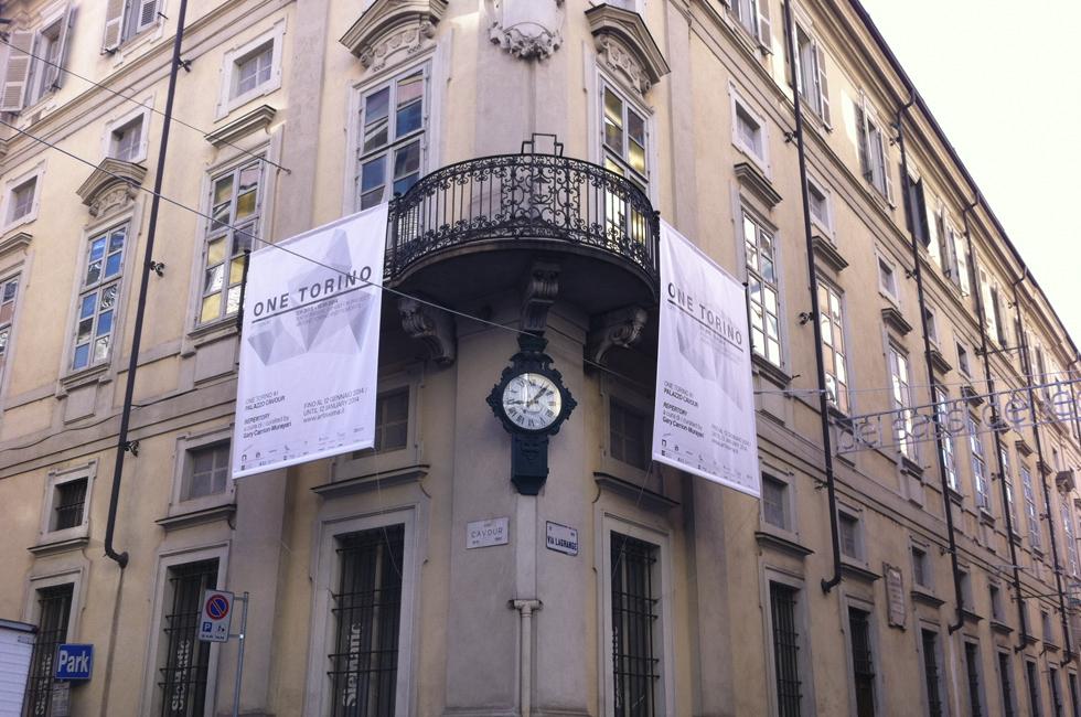 Publicidad de Artissima para ONE TORINO en el Palazzo Cavour