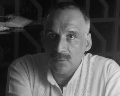 (entrevista) «El arte ha perdido sus fundamentos metafísicos». Entrevista a Ticio Escobar