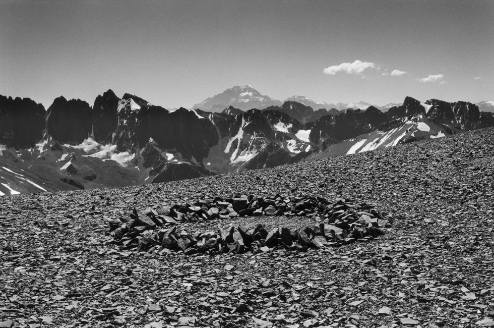 Richard Long, Aconcagua Circle, Argentina, 2012 © Richard Long. Cortesía: Courtesy: Faena Arts Center