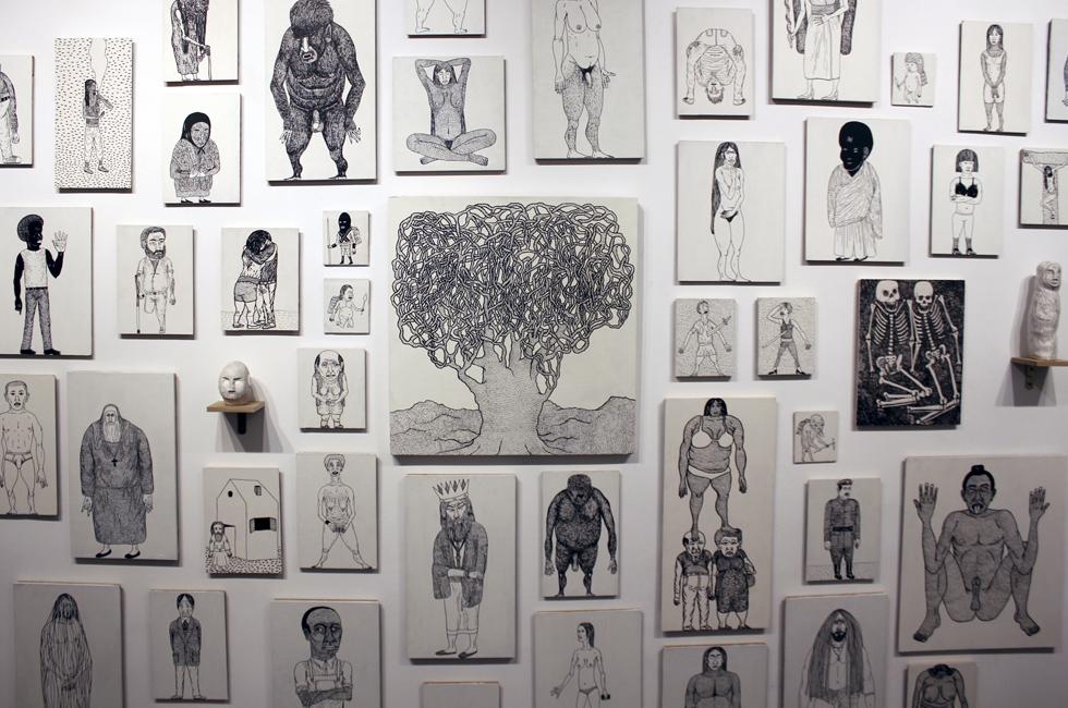 Detalle de la exposición La Voluntad de Dios de Monoperro en Galería Liebre, 2015.