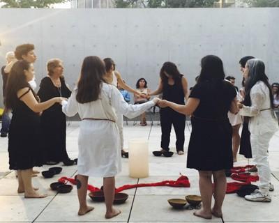 (review) KUNTUR KO. Cantos y Poemas de Cecilia Vicuña