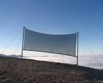 (Ensayo) El Atrapanieblas de Horacio Larraín. Capturando el agua del desierto
